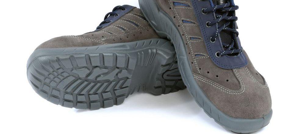 generiche scarpe antinfortunistiche con punta in acciaio