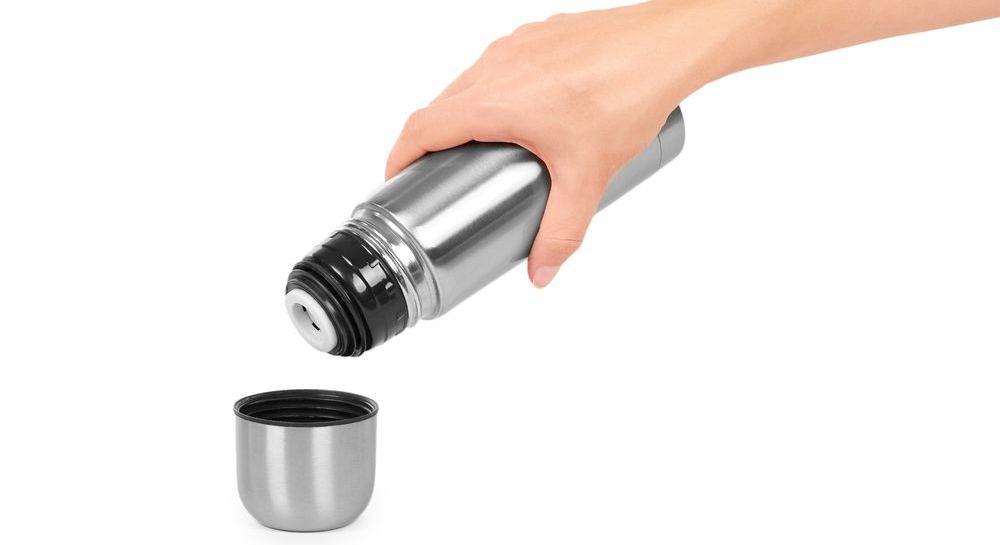 generica borraccia termica in acciaio