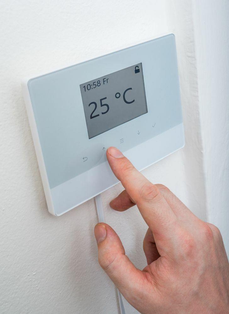termostato digitale wifi con comandi touch