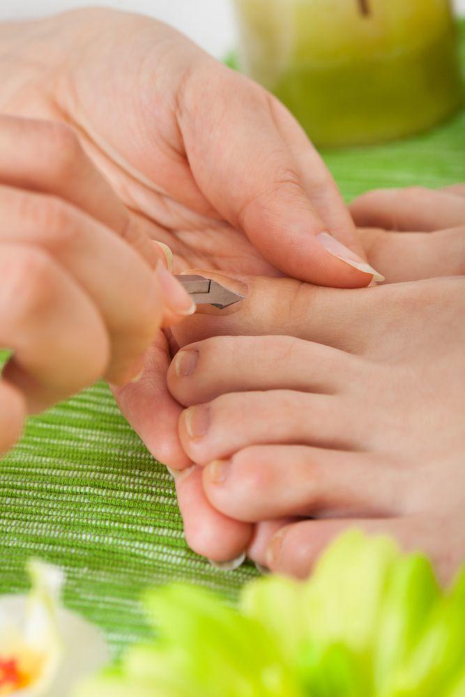 pedicure con trattamento micosi