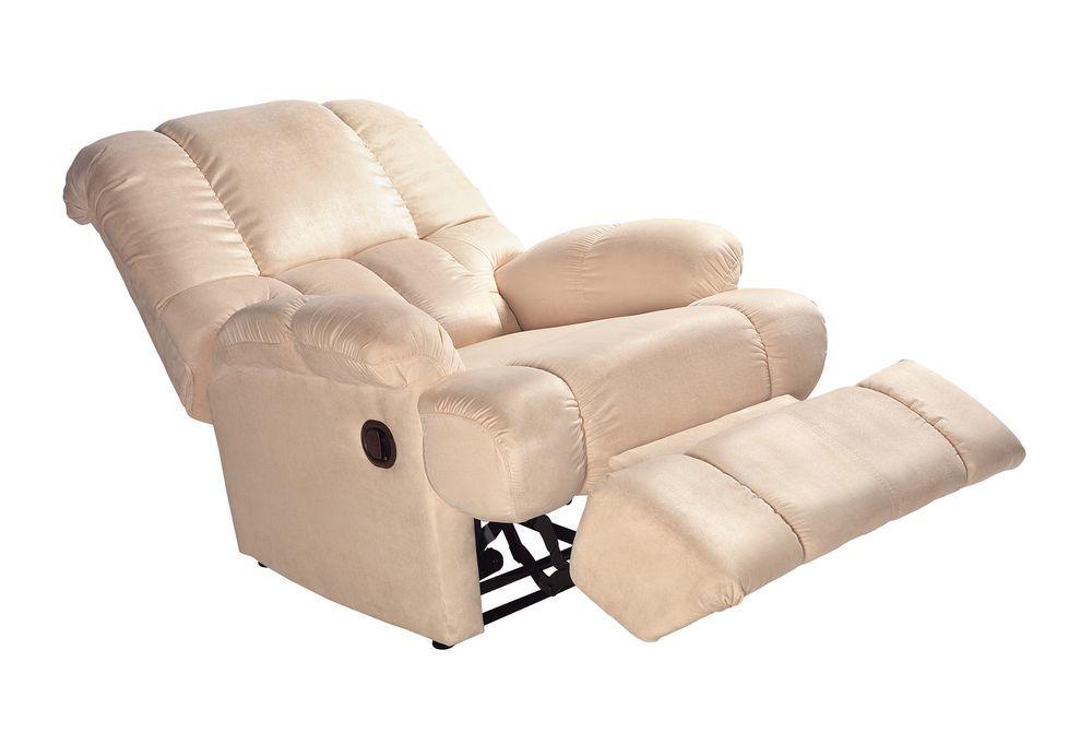 generica poltrona massaggiante in similpelle con inclinazione a 180°